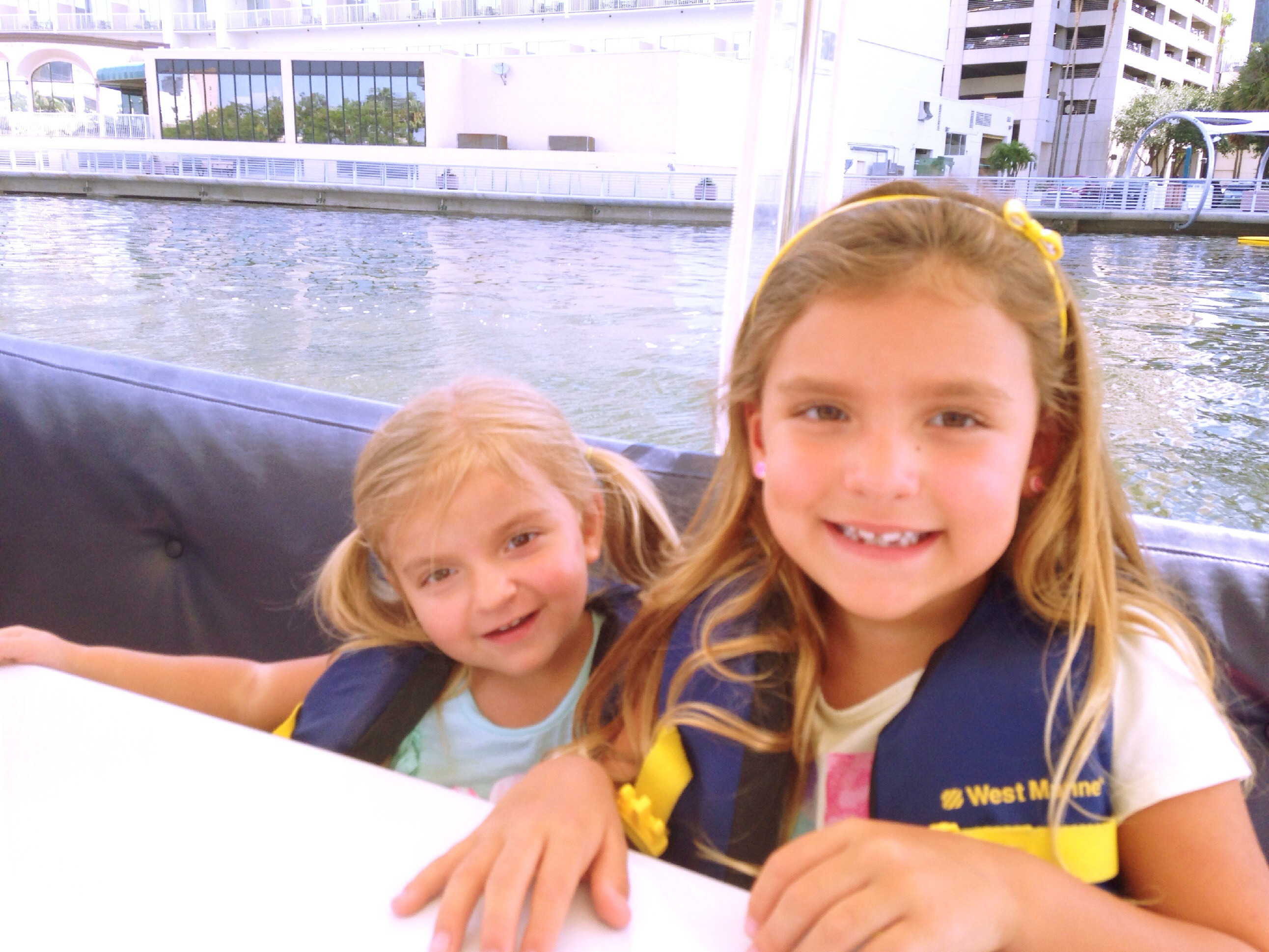 Tampa Mama is Your Urban Insider for Tampa Bay: Tampa eBoats in Tampa's Downtown