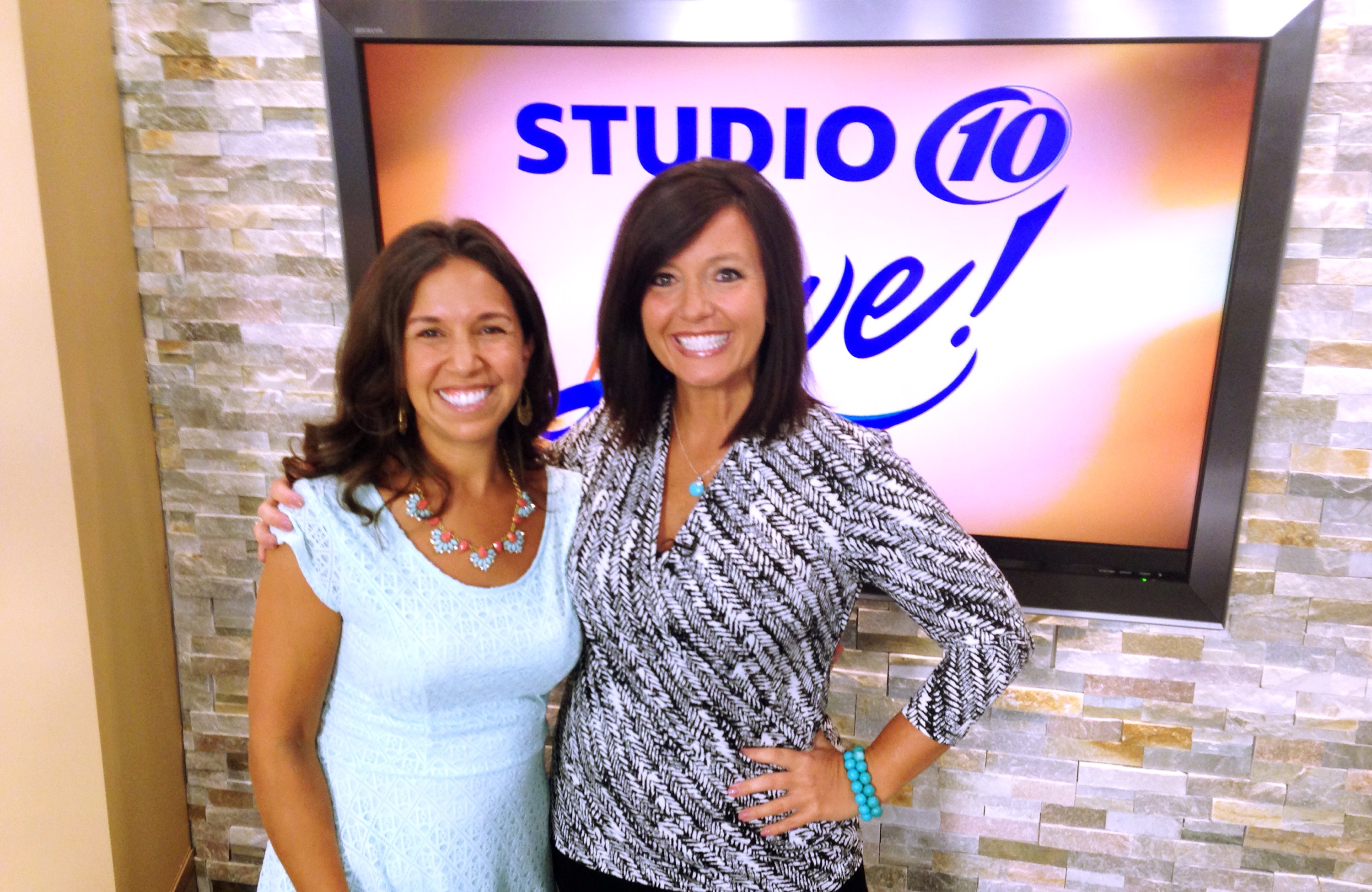 Tampa Mama on Studio 10 TV: Organizing the Back to School Chaos