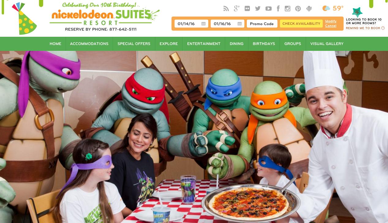 Dinner in Orlando with the Teenage Mutant Ninja Turtles at Nickelodeon Suites Resort