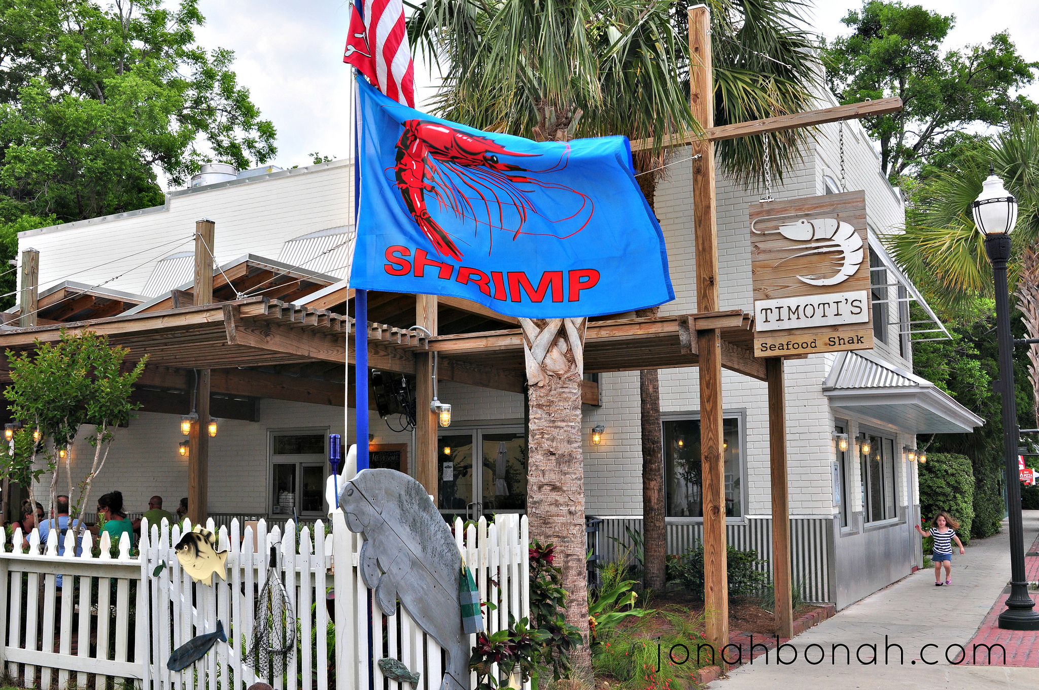 Florida is my #FlatoutLove Inspiration: Sweet N' Spicy Shrimp Sandwich || Tampa Mama