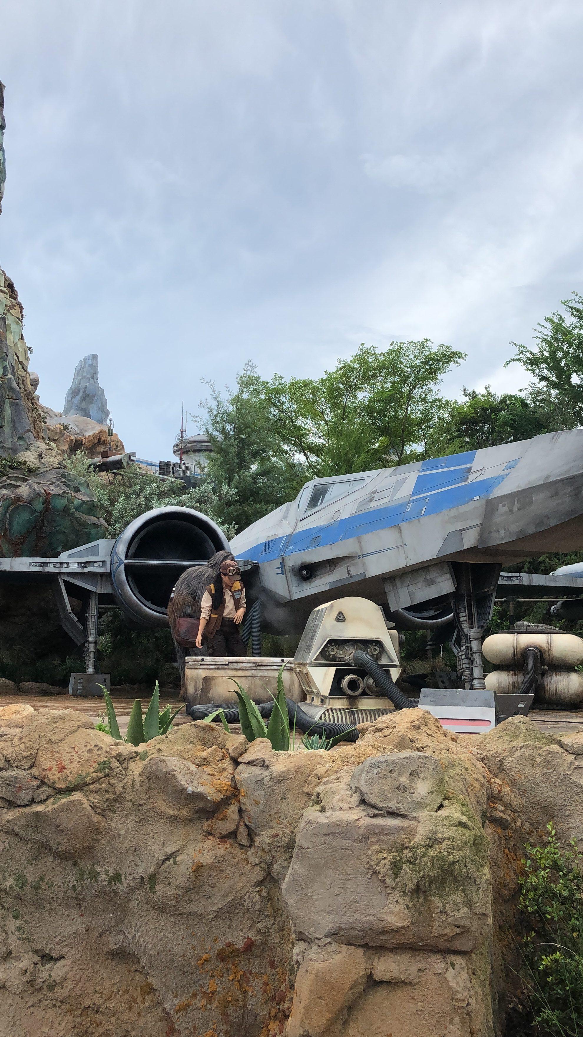 StarWars Galaxy's Edge on Battuu at Disney's Hollywood Studios