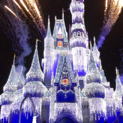 Mickey's Very Merry Christmas Party at Walt Disney World || By Tampa Mama #VeryMerry